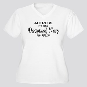Actress Devoted Mom Women's Plus Size V-Neck T-Shi