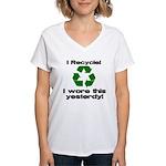 I Recycle Women's V-Neck T-Shirt