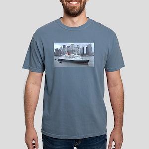 QE2 New York Final Departure T-Shirt