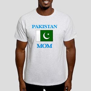 Pakistan Mom T-Shirt