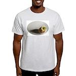 Hatching Daisy Light T-Shirt