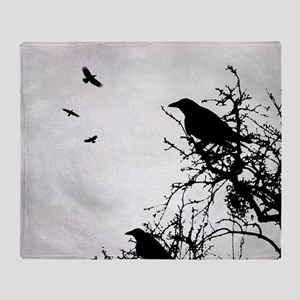 Design 43 crow silhouette Throw Blanket