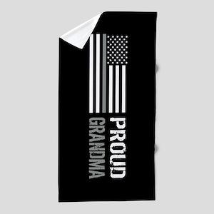 U.S. Flag Grey Line: Proud Grandma (Bl Beach Towel