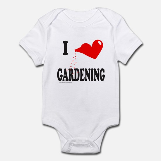 I HEART GARDENING Infant Bodysuit