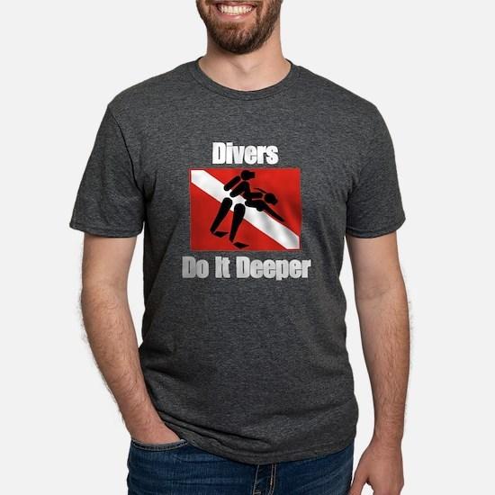 Divers Do It Women's Dark T-Shirt