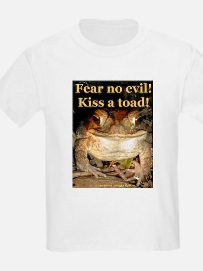 Kiss a toad Kids T-Shirt