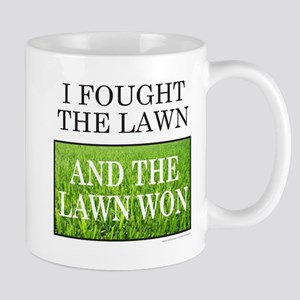 I FOUGHT THE LAWN Mug