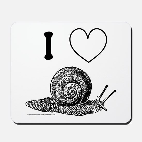 I HEART SNAILS Mousepad