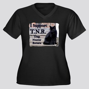 I Support TNR Women's Plus Size V-Neck Dark T-Shi