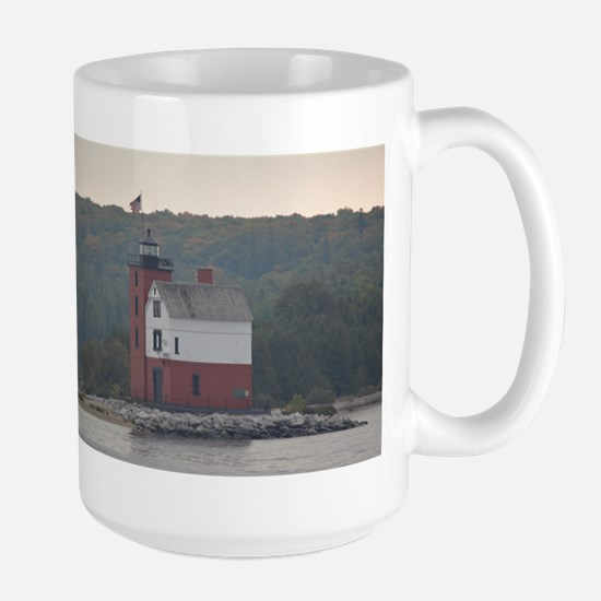 Round Island Lighthouse Mug Mugs