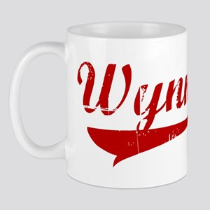 Wynne (red vintage) Mug