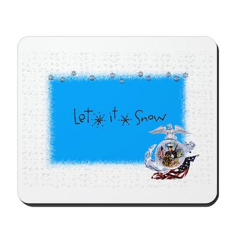 let it snow marine Mousepad