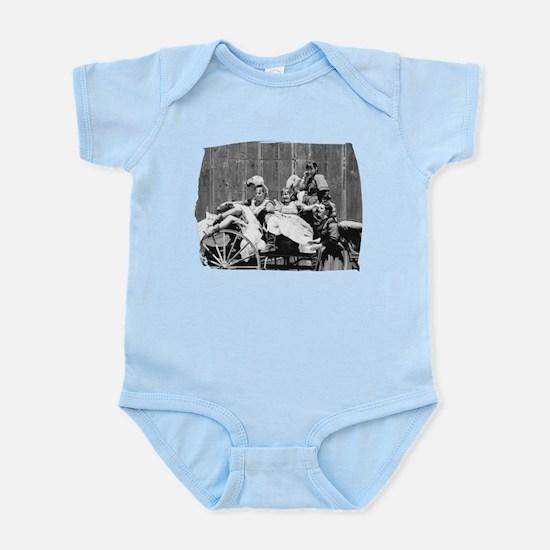 Buckboard Women Infant Bodysuit