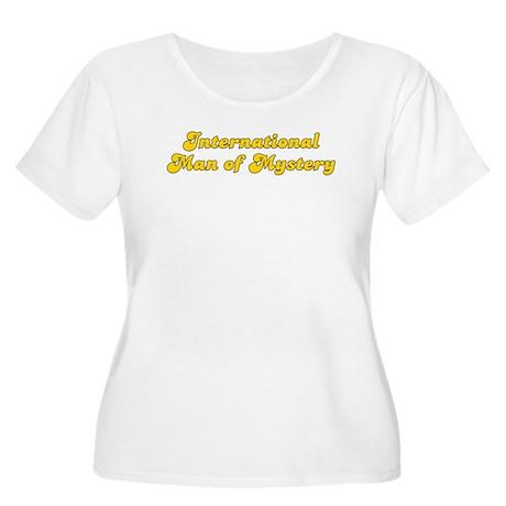 Retro Internation.. (Gold) Women's Plus Size Scoop