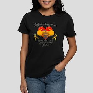 Hug Mom-Son Women's Dark T-Shirt