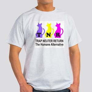 TRAP NEUTER RETURN Light T-Shirt