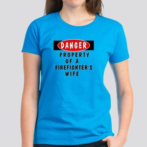 Firefighters Wife Women's Dark T-Shirt