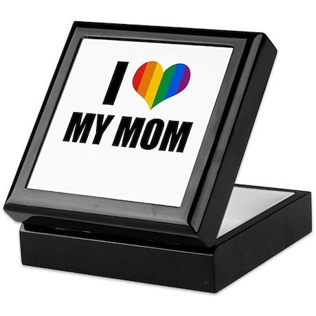 I love my gay mom Keepsake Box