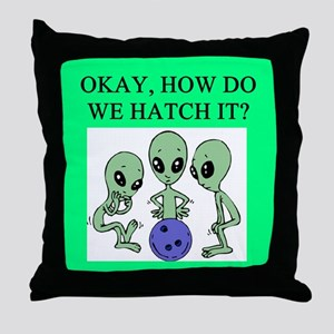 alien bowling joke Throw Pillow