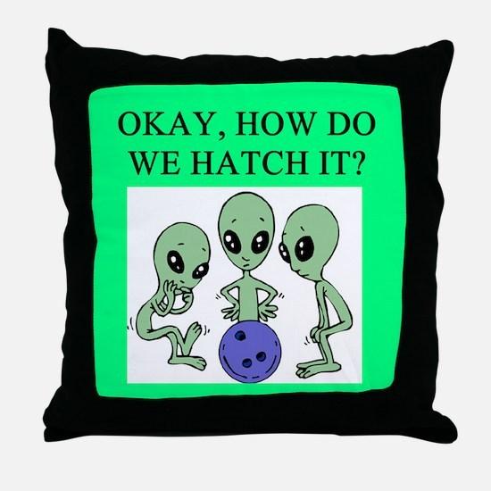 alien bowling joke Throw Pillow