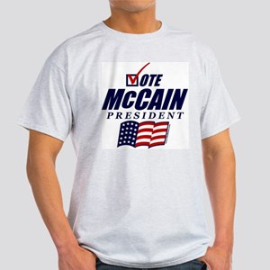 Vote McCain Light T-Shirt