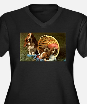 Basset Hound & Puppies Women's Plus Size V-Neck Da