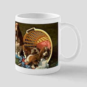 Basset Hound & Puppies Mug