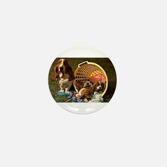 Basset Hound & Puppies Mini Button
