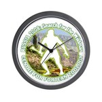 RUSSIA 2008: Rather fetching Wall Clock