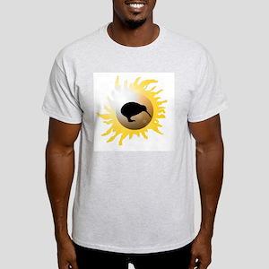 Sunburst Kiwi Silhouette Light T-Shirt
