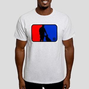 K9 bullseye Light T-Shirt