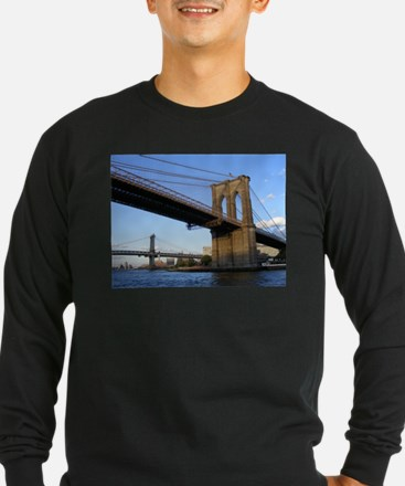Cute Brooklyn bridge T