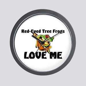 Red-Eyed Tree Frogs Love Me Wall Clock