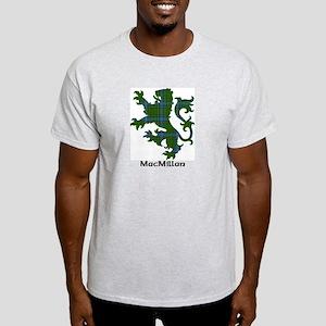 Lion-MacMillan hunting Light T-Shirt
