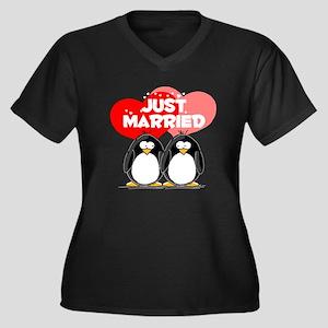 Just Married Penguins Women's Plus Size V-Neck Dar