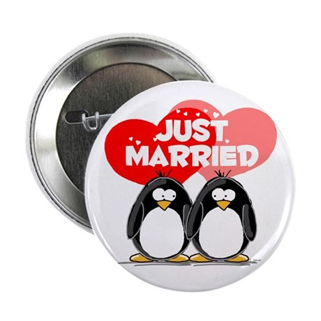 """Just Married Penguins 2.25"""" Button"""
