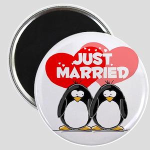 Just Married Penguins Magnet