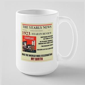 born in 1923 birthday gift Large Mug