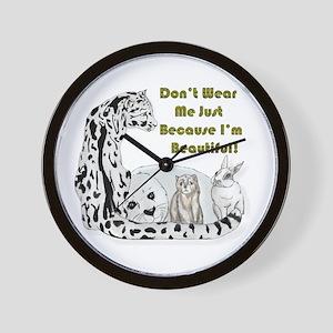 anti fur Wall Clock