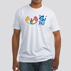 Si a la paz en Colombia Fitted T-Shirt