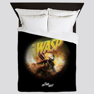 The Wasp Flying Queen Duvet