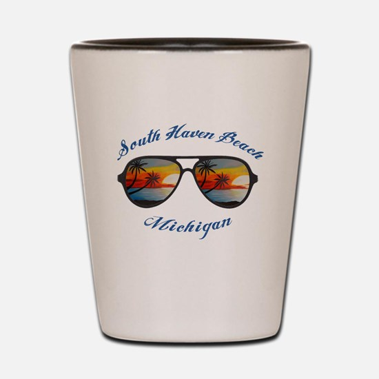 Cute South haven michigan lighthouse Shot Glass