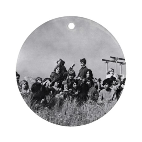 Cannery Kid Mural Ornament (Round)