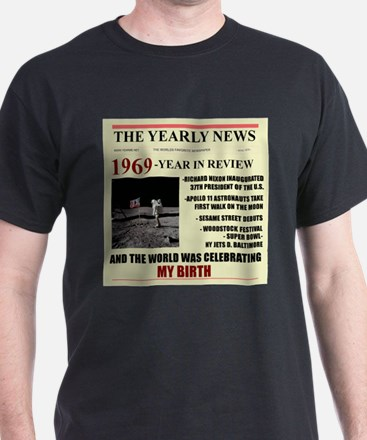 born in 1969 birthday gift T-Shirt