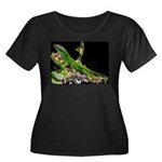 Anole at Night Women's Plus Size Scoop Neck Dark T