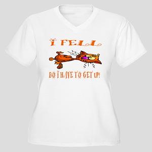 nip cat Women's Plus Size V-Neck T-Shirt