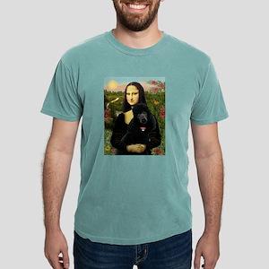 Mona / Std Poodle (bl) T-Shirt