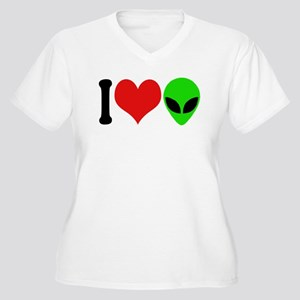 I Love Aliens (design) Women's Plus Size V-Neck T-