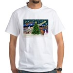 Xmas Magic & Vizsla White T-Shirt