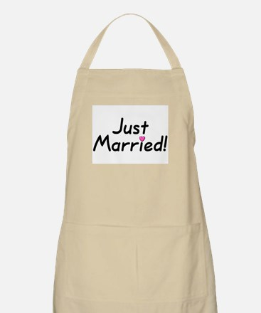 Just Married! (Pink Heart) BBQ Apron